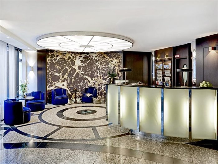 Rezeption / Hotellobby