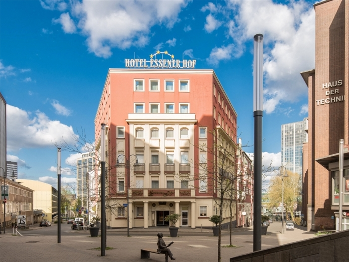 TOP CCL Hotel Essener Hof - Hotelansicht